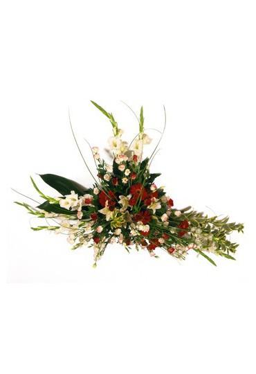 Centro de flores naturales para funeral